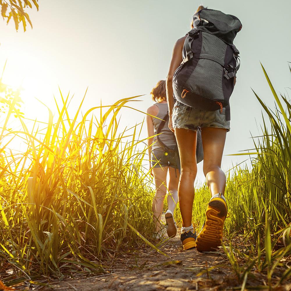 hikers hiking hocking hills